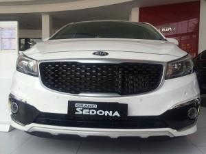 Kia Sedona DATH 2017, xe sang giá rẻ, tăng thêm gói bảo hành lên tổng cộng 5 năm hoặc 150.000km