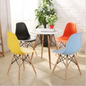 Ghế nhựa chân gỗ nhập khẩu Eames cho nhà hàng, quán cafe