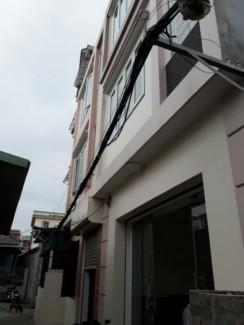 Bán nhà 3 tầng, 20/666 Thiên Lôi, diện tích 51m , hướng Tây Bắc,giá 1,15 tỷ