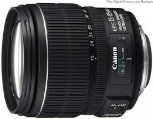 Lens Canon EF-S 15-85mm f/3.5-5.6 IS USM...