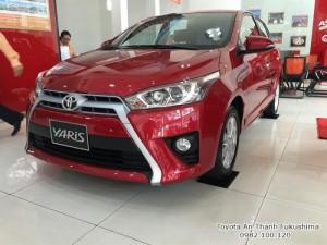 Khuyến Mãi Toyota Yaris 1.5 G 2018 màu Đỏ nhập khẩu Mua Trả Góp chỉ cần 200Tr. Xe Giao Ngay