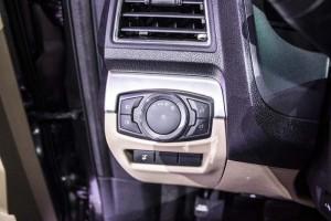 Bán xe Ford Explorer 2017, nhập khẩu, giá tốt nhất Sài Gòn-giao xe ngay