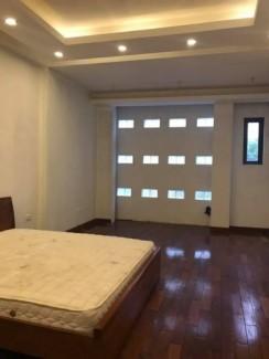Cần bán gấp nhà 60m, 7 tầng, thang máy mặt phố Nguyễn Chánh.