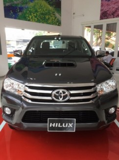 Cần Bán Xe Toyota Hilux 2.8G,Màu Xám Số Tự...