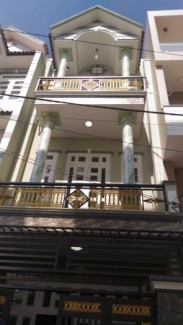 Nhà SHR đường Lê Thị Riêng, Q12 có 1 PK,3 PN, DT 4x13