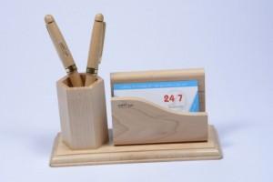 Quà tặng gỗ để bàn khắc laser