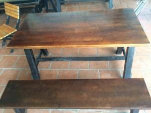 Cần thanh lý gấp 10 bộ bàn ghế quán ăn quán nhậu giá rẻ nhất