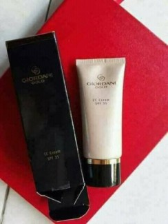 Kem nền Giordani Gold CC Cream SPF 35 - dưỡng da, chống nắng
