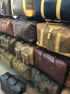 Túi xách da thật 100%, cam kết giao hàng tận nơi, miễn phí tại công ty Ba Lô Túi Xách