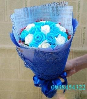 Bó hoa sáp 19 bông cao cấp - Gía bán 250k (xanh dương)