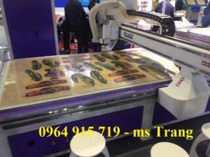 Máy CNC cắt quảng cáo, cắt nội thất, CNC 1325