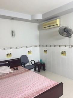 Bán gấp nhà đường Hiền Vương , Tân Phú : 4 x 12,2 , giá tốt nhất khu vực