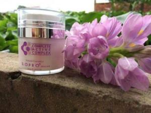 Whitening Face Cream: Kem dưỡng trắng da mặt
