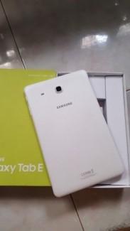 Galaxy Tab E 9.6'' T516Y White. Hàng SSVN. Mới 99%. BH 3/2018. Giá tốt