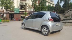 Cần bán xe Toyota Aygo 2011, màu bạc, xe nhập. Máy móc êm ru, xe nguyên bản, không đâm đụng, ngập nước.