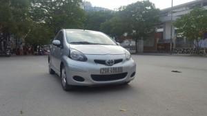 Cần bán xe Toyota Aygo 2011, màu bạc, xe...