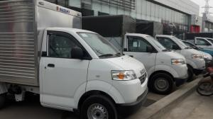 Giá xe tải suzuki 7 tạ thùng kín