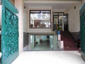 Bán gấp nhà đúc đẹp 2 lầu, 4PN, 3,9x12m hẻm 4m Thái Phiên, Phường 8, Quận 11. Giá 3,9 tỷ