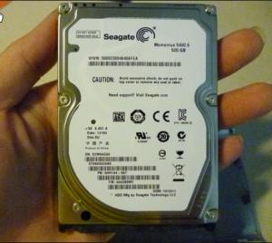 Ổ cứng hdd 500gb Seagate & Hitachi laptop 100% good cafe 1ly 550.000 đ