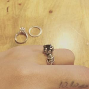 Nhẫn Iris vintage thời trang TPHCM, nhẫn bạc nữ 925 giá tốt, Bells House Silver TPHCM,