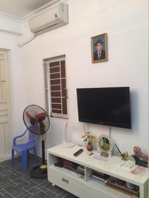 Gía nhà rẻ như cho, rộng 102m2x4 tầng ở Trần Quang Diệu, khu víp Đống Đa, chỉ 6.8 tỷ.