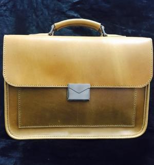 Túi xách da của công ty ba lô túi xách được làm ra như thế nào?