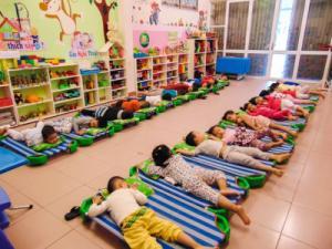 Giường ngủ mầm non giá rẻ mỗi ngày