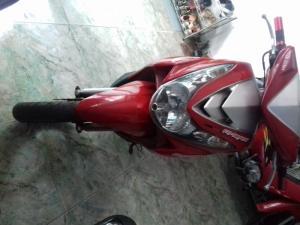 Xe Mio màu đỏ