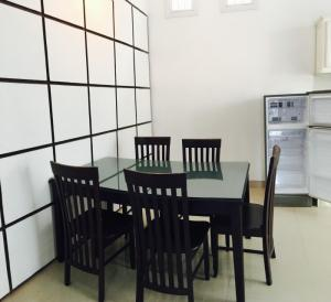 Bán biệt thự đường Võ Như Hưng, 3 phòng ngủ, 4 tỷ.