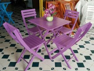 Ghế gỗ trà sữa đa màu