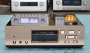 Đầu CD Luxman D10 Signature (bản chữ ký) đẹp xuất sắc
