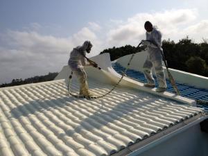 Cách âm chống nóng phòng mái bằng pu foam 2 thành phần