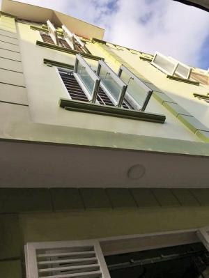 Nhà 3 tầngx40m2 xây mới, sân cổng chung, ngõ 261 Trần Nguyên Hãn