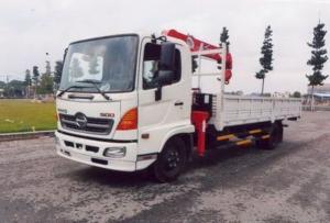 Xe tải hino fc có cần cẩu unic 5tan thung dai...