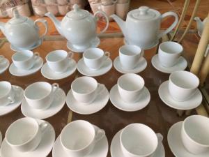 In bộ ấm chén, bộ tách trà ,bộ ly tách gốm sứ tại Huế, Quảng Trị