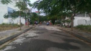 Cần bán gấp lô đất đường BÀU MẠC 4, thuộc khu vực Hòa Khánh Bắc - quận Liên Chiểu - TP Đà Nẵng