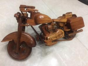 Mỹ nghệ gỗ (mô hình xe Vespa, mô tô)