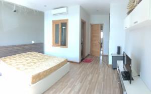 Cho thuê nhà gần đường Phạm Văn Đồng, nhà mới 3 tầng, 3 phòng ngủ 15Tr