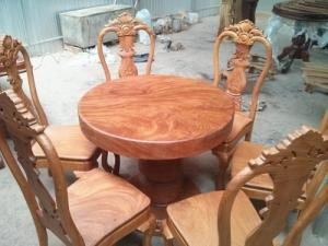 Bàn ăn 6 ghế mặt nguyên tấm gõ đỏ- BBA08