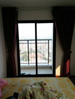 Cho thuê căn hộ tập thể ở ngõ 135 nguyễn trãi...