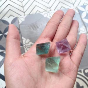 Đá Fluorite thiên nhiên Bát Diện nhiều màu sắc, Bells House Silver TPHCM,
