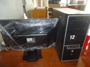 P45 ram 4g card rời up 4g và màn hình hp 20,5 đèn led đẹp giá bèo cho anh em