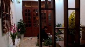 Nhà ngõ 184, Đê Trần Khát Chân, dt 40mX4t, MT...