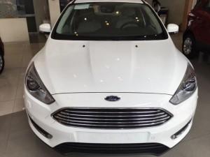 Ford Focus 5 Cửa Hatchback 2017 Gía Ưu Đãi Chỉ Có Tại Ford Trần Hưng Đạo