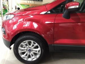 Ford Ecosport Titanium 2017 giá cực sốc + gói phụ kiện