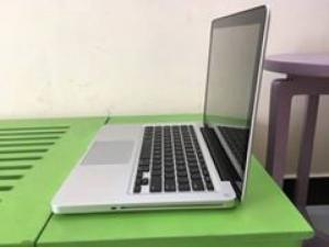 Macbook Pro 2012 core i5 ram 4gb hdd 500gb