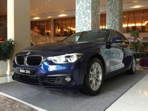 BMW 320i LCI phiên bản đặc biệt 100 năm