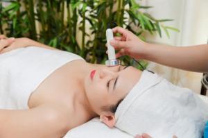 Thẩm mỹ viện dạy nghề uy tín massage chăm sóc...