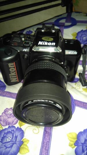 Máy chụp ảnh film hiệu Nikon