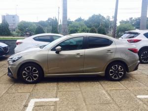 Mazda chính hãng khuyến mãi giá Xe MAZDA 2...